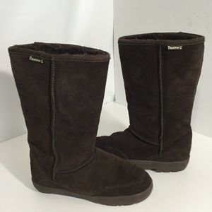 BEARPAW DREAM TALL BOOTS SIZE  9 (TAKE  15 %OFF )